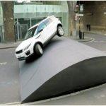 Легналите полицаи ограничават скоростта