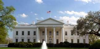 В САЩ гласуват за президент и Конгрес