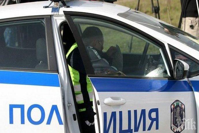 Шофьорът не спира на знак СТОП