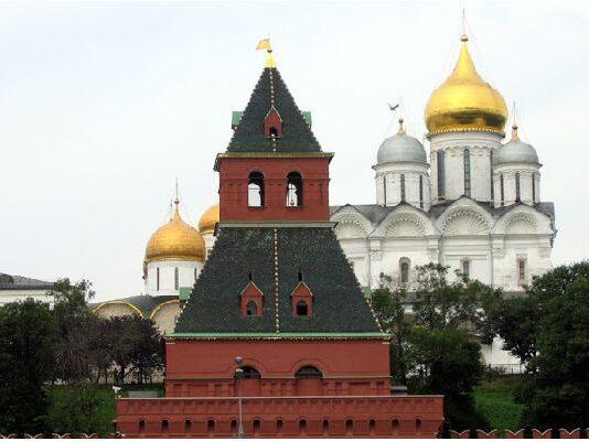 Кула Тайницкая - първата за Кремъл