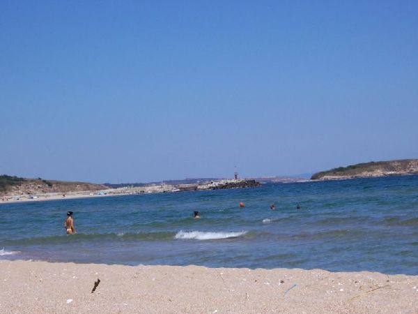 Мъж се удави на неохраняем плаж в Аркутино