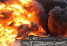 Бейрут още е в пламъци