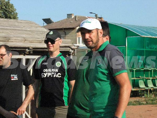 Иска се концепция как да развиваме отбора и футбола в Бургас, заяви Николай Кръстев