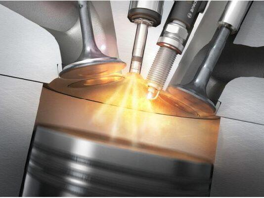 Двигателят с вътрешно горене - обречен ли е наистина?
