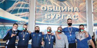 Шампионът Димитър Рачев получи приза за най-резултатен борец на държавния шампионат по класическа борба за кадети в Бургас