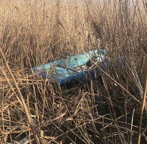 Бракониери скриха лодката си в тръстиката на Вая