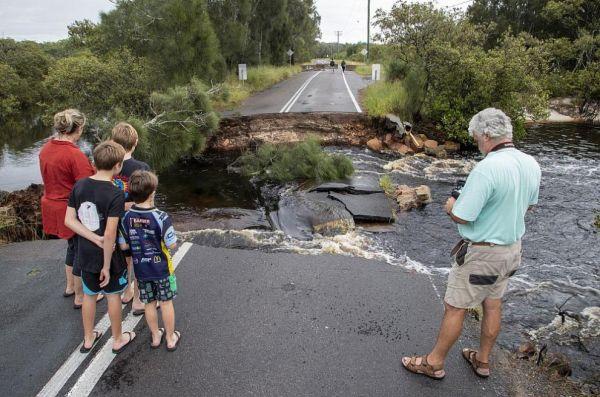 Наводнения в Австралия