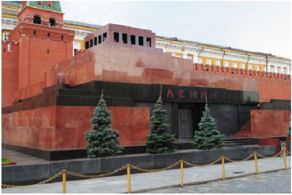 Мавзолеят на Ленин - манипулация на психиката